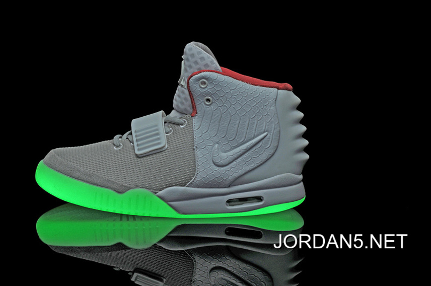 261ab96bf Outlet Nike Air Yeezy 2 Wolf Grey Pure Platinum Glow In The Dark ...
